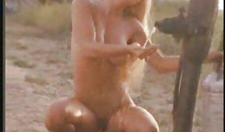 古い雌犬は十代の性交するもののための準備ができています 女性 用 エロ 動画