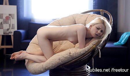 ストッキングで魅力的な茶色の髪を炒める曲線美スタウト少年 sex 動画 女性 の ため の