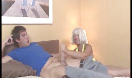 抱き合う姉妹はスキニーとニーズ良いセックス 女の子 の ため エロ 動画