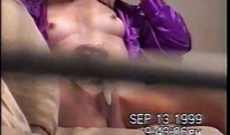 食欲をそそる茶色の髪の全体的な戦利品の描画に滑り 女性 向け 無料 セックス 動画