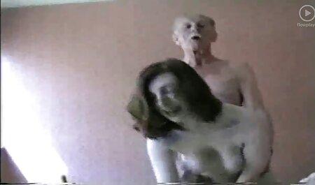 親密な愛撫からレズビアンの短いGeenaとBritta cums 女 向け 無料 動画
